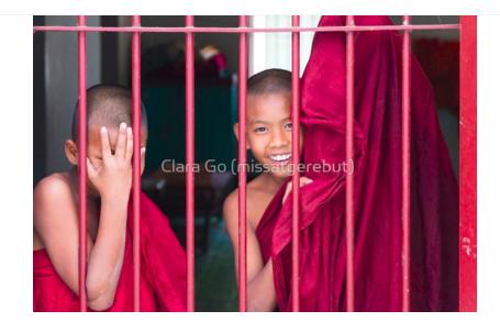 Foto en Jpg descarregable per a us personal- 2 Young Monks in Myanmar